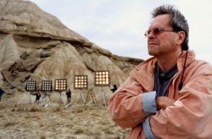 Terry Gillian di fronte alle Jumbo Light